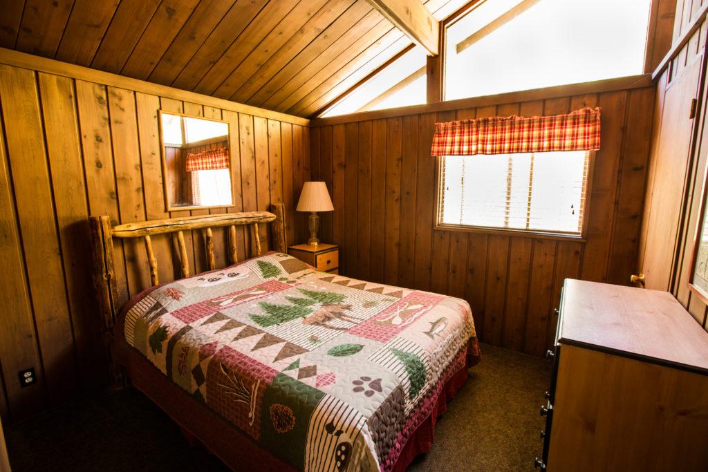 Rainbow Cabin room