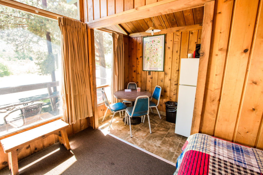 bishop creek lodge main cabin