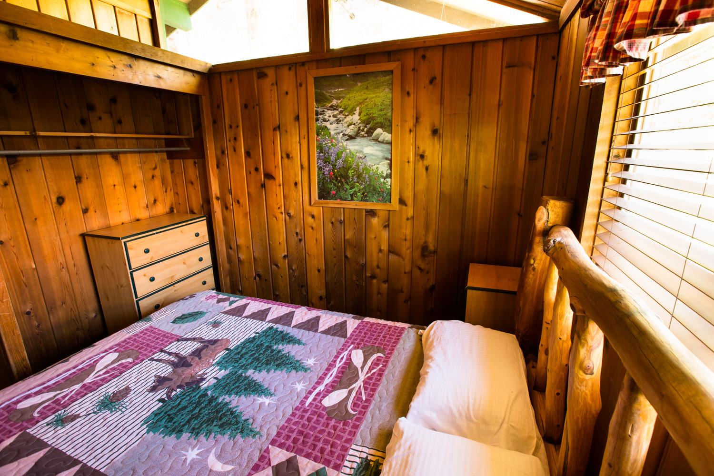 bishop creek lodge brown cabin