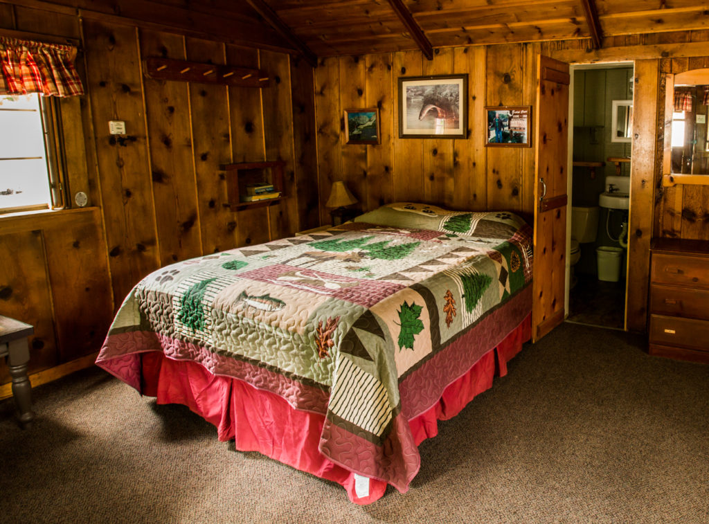 Honeymoon cabin queen bed